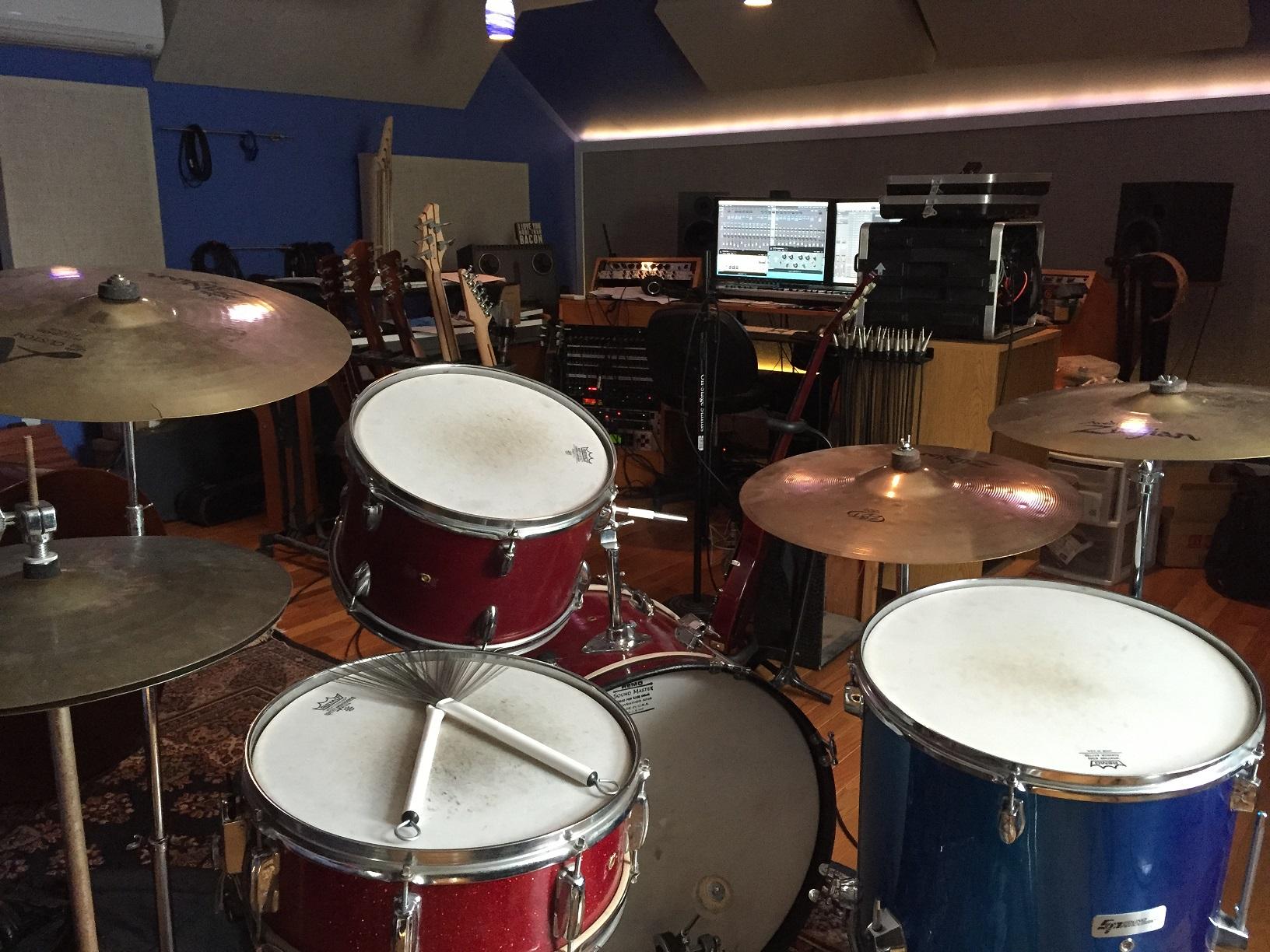 skewsound_instruments_kneedeep_2